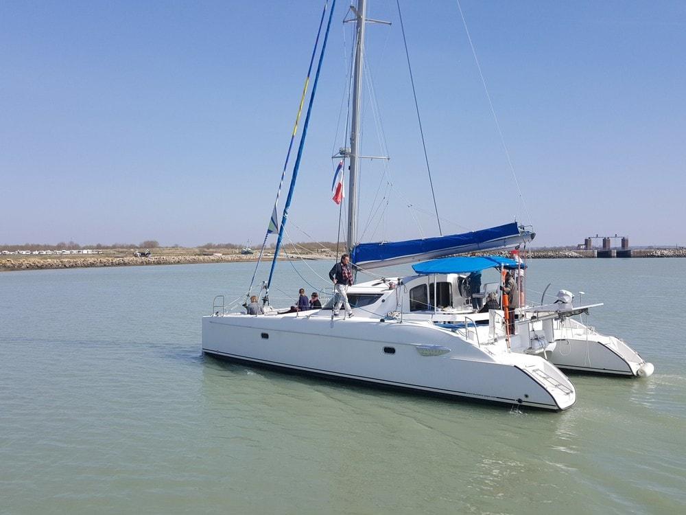 camping-leprefleuri-LeCrotoy-catamaran-Touloulou